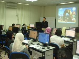 Julius speaking in the Web Accessibility Workshop at the Sarawak Information Systems Training Center